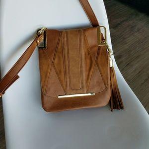 Steve Madden tan crossbody purse